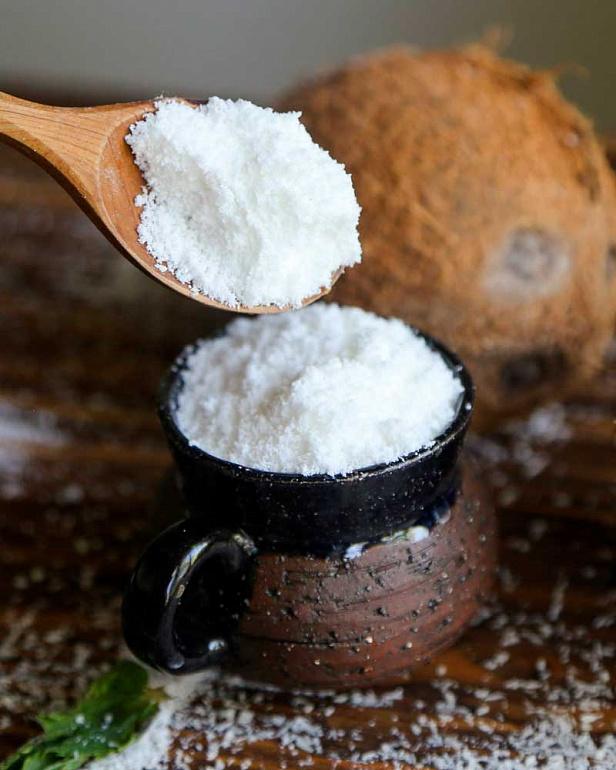 https://domchokolada.ruСухое кокосовое молоко фото в ложке