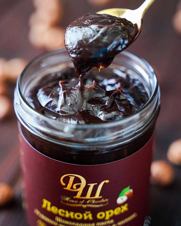 https://domchokolada.ruшоколадно ореховая паста от Дома Шоколада фото вид сбоку