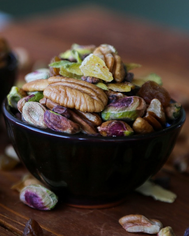 https://domchokolada.ruСмесь из орехов и ягод для иммунитета фото